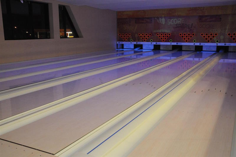 NORTH BOWLING  1 (4)